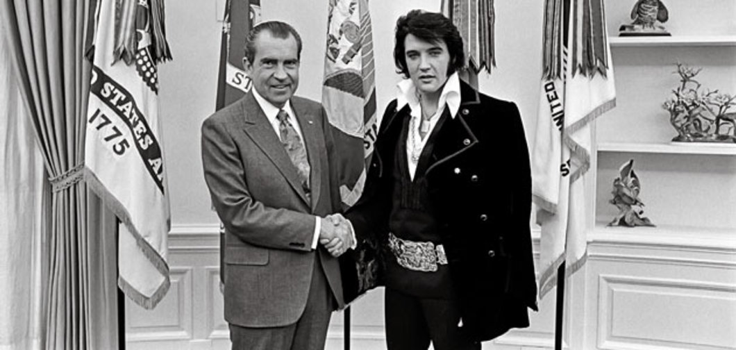 Nixon gives Elvis honorary DEA badge.